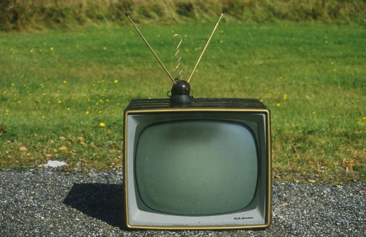 Stock Photo: 1599-11842 Old retro television set with rabbit ears antennae, New England