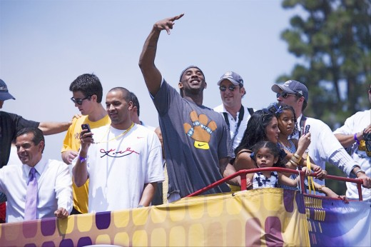 Stock Photo: 1599-13126 Victory parade for 2009 NBA Champion Los Angeles Lakers, June 16, 2009