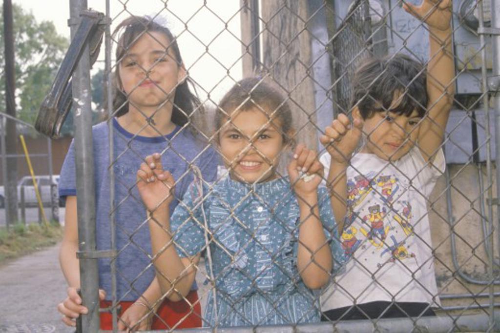 Stock Photo: 1599-13225 Children in a Los Angeles ghetto, CA