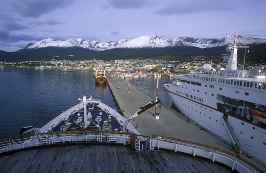 Stock Photo: 1599-14387 Cruise ship Deutsch Princess at dock, Ushuaia, southern Argentina