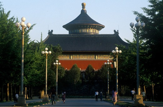Stock Photo: 1599-14607 Temple of Heaven (Tiantan) Heavenly Gate and Hall of Prayer for Good Harvests in Beijing in Hebei Province, People's Republic of China