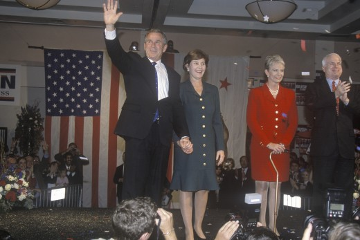 George W. Bush, Mrs. Bush, Senator and Mrs. John McCain at campaign rally, Burbank, CA in 2000 : Stock Photo
