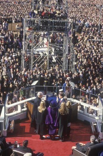 Al Gore, former Vice President, takes the Oath of Office on Inauguration Day from Chief Justice William Rehnquist on January 20, 1993 in Washington, DC : Stock Photo