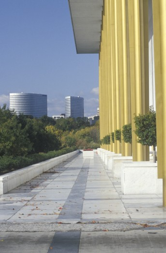 Stock Photo: 1599-5409 Columns of the Kennedy Center for the Performing Arts, Washington, D.C.