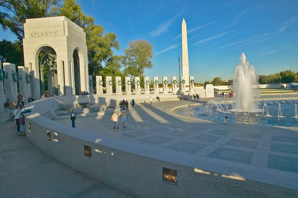 Fountains at the U.S. World War II Memorial commemorating World War II in Washington D.C.  : Stock Photo