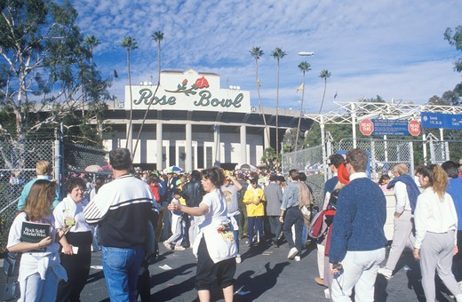 Fans milling around front entrance of Rose Bowl Football Game, Pasadena, CA : Stock Photo