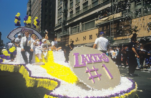 Float in Los Angeles Lakers Victory Parade, Los Angeles, California : Stock Photo