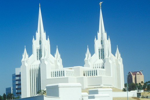 Mormon Temple in Northern San Diego California : Stock Photo