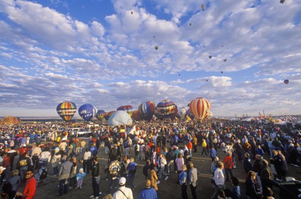 Stock Photo: 1599-8194 Balloons take to the air at the Albuquerque International Balloon Fiesta in New Mexico