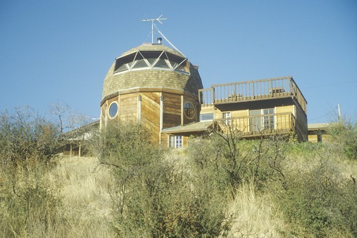 Dome residence in Santa Monica Mountains, CA : Stock Photo