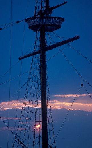 Mast of a schooner at dusk : Stock Photo