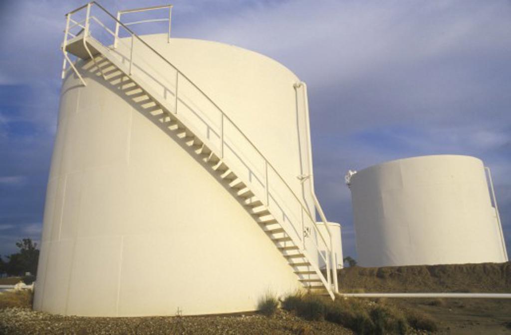Diamond Shamrock Oil Tanks at Turpin, OK : Stock Photo