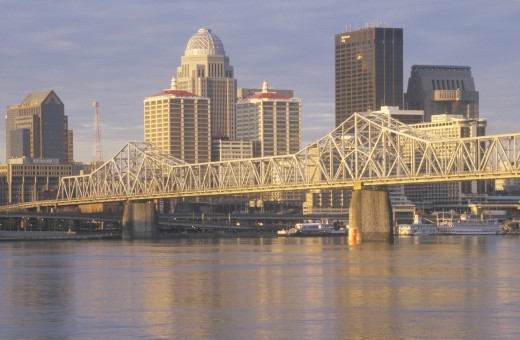 Stock Photo: 1599R-24365 Ohio River and Louisville skyline, KY