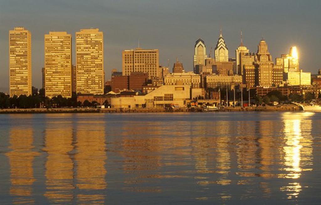 Stock Photo: 1599R-25504 Sunrise over Philadelphia from the Delaware River, PA