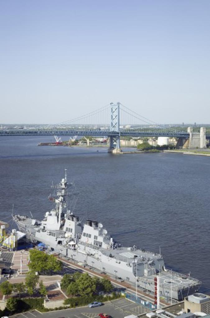 Aerial view of Delaware River, Benjamin Franklin Bridge and waterfront of Philadelphia, Pennsylvania shot from Pens Landing : Stock Photo