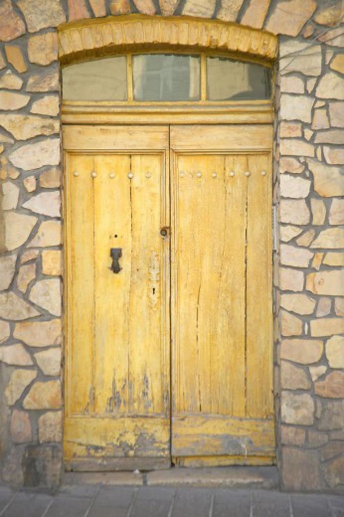 Stock Photo: 1599R-28030 Doorway, Antibes, France