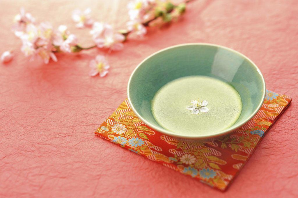 Stock Photo: 160-1692C Maccha tea served in tea ceremony