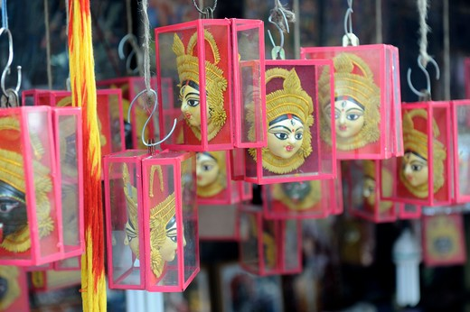 India, West Bengal, Kolkata, near temple of Kali, religious items : Stock Photo