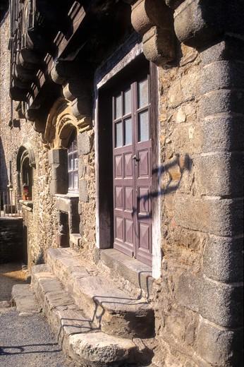 Stock Photo: 1606-107538 France, Limousin, Correze (19), segur le chateau, house from 16th centuri