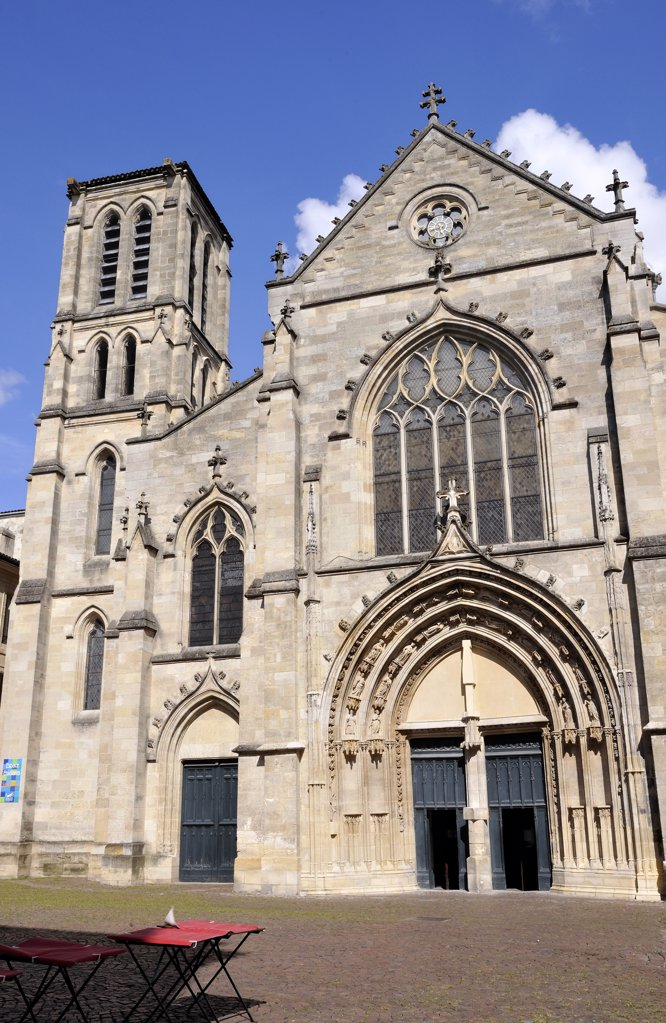 France, Aquitaine, Gironde, Bordeaux, St Pierre church : Stock Photo