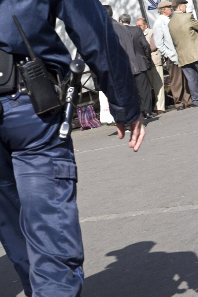 France, Paris, policeman : Stock Photo