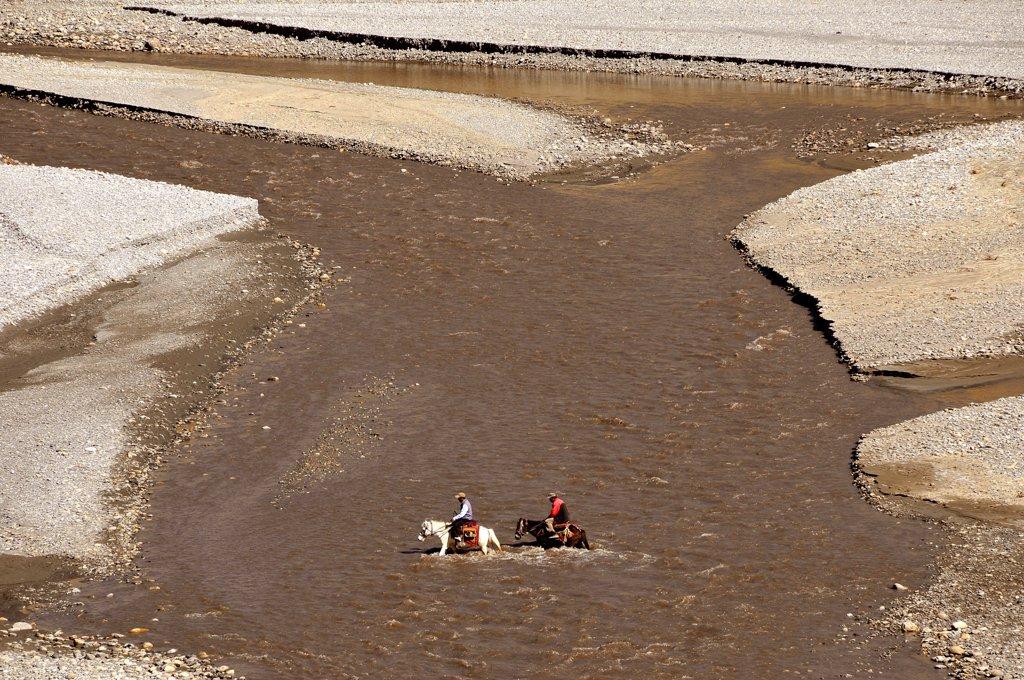 NEPAL, MUSTANG, KAGBENI, Kali Gandaki river valley in Mustang. : Stock Photo