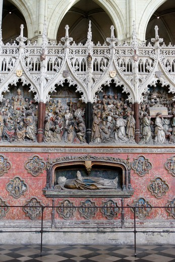 Stock Photo: 1606-111973 France, Somme, Amiens, Amiens cathedral chancel. Adrien H?nencourt statue