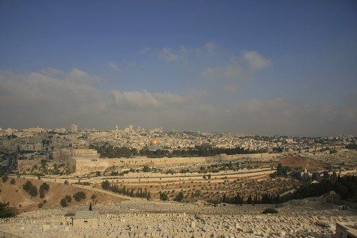 Isra?l, Jerusalem, Israel, Jerusalem, a view of the Old City and Temple Mount from the Mount of Olives : Stock Photo