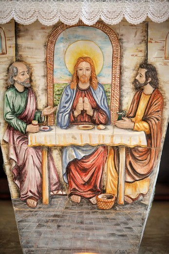 Stock Photo: 1606-112149 Italie, Lecce, Depressa, Altar depicting Jesus with the Emmaus pilgrims