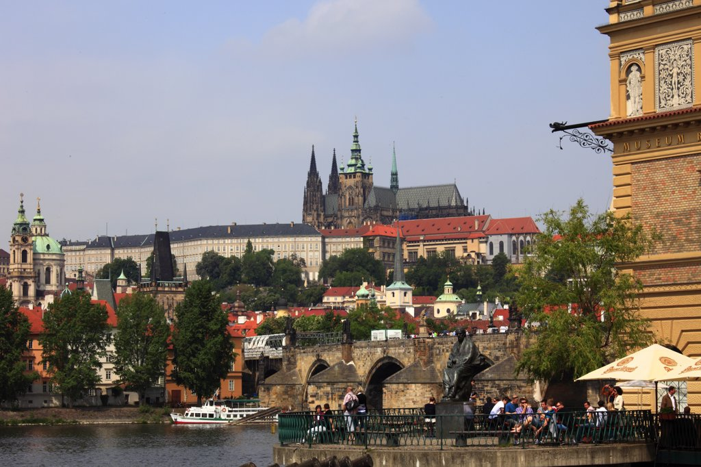 Stock Photo: 1606-114573 Czech Republic, Prague, Castle, Vltava River, Smetana Museum