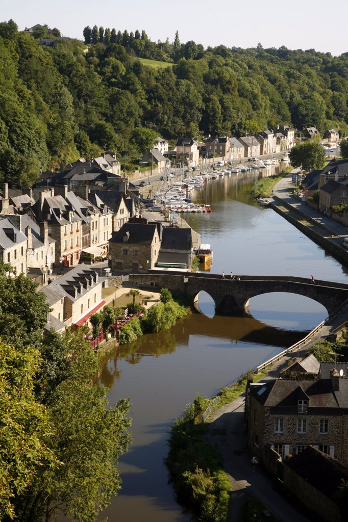 Stock Photo: 1606-115430 France, Brittany, Cote d'Armor, Dinan (Rance valley), medieval city, harbour on Rance river