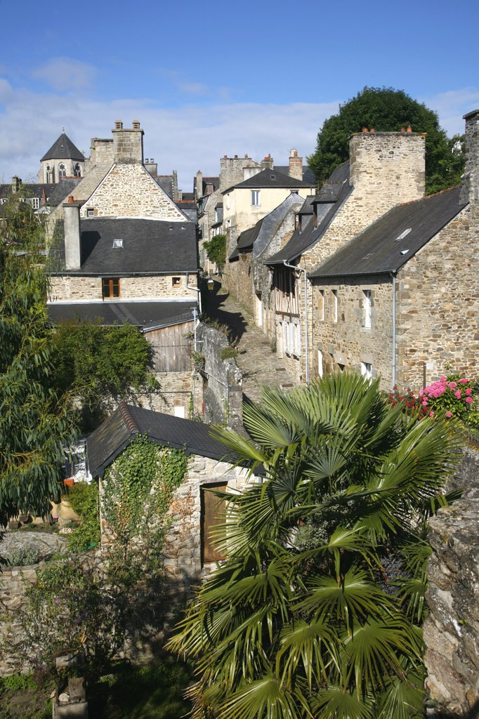 France, Brittany, Cote d'Armor, Dinan (Rance valley), medieval city, overview from the ramparts : Stock Photo