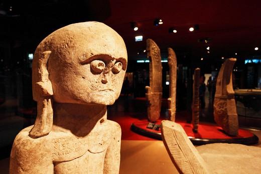 Stock Photo: 1606-116142 France, Paris, Quai Branly museum