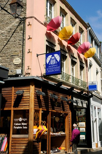 Stock Photo: 1606-117047 France, Normandy, Manche, Cherbourg, umbrella shop
