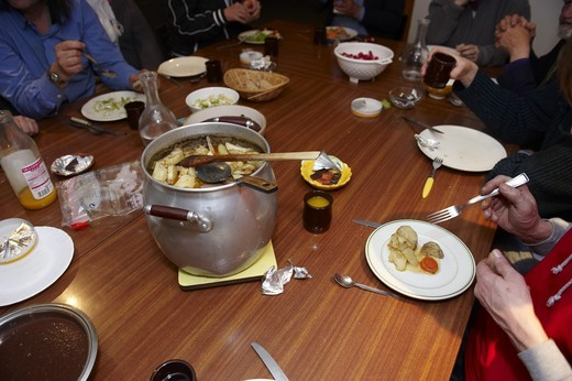 Stock Photo: 1606-118084 Puteaux, Meal for the homeless
