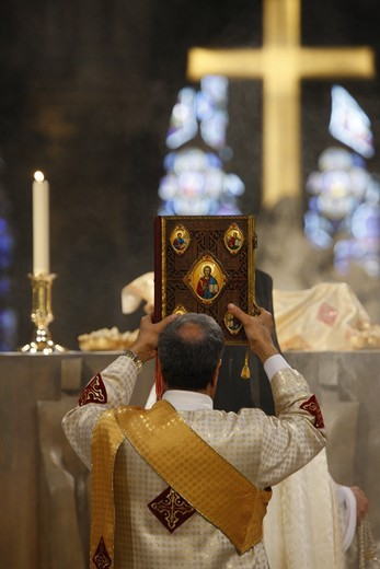 Stock Photo: 1606-118134 France, Paris, Eastern (Oriental) church yearly mass in Notre Dame cathedral.
