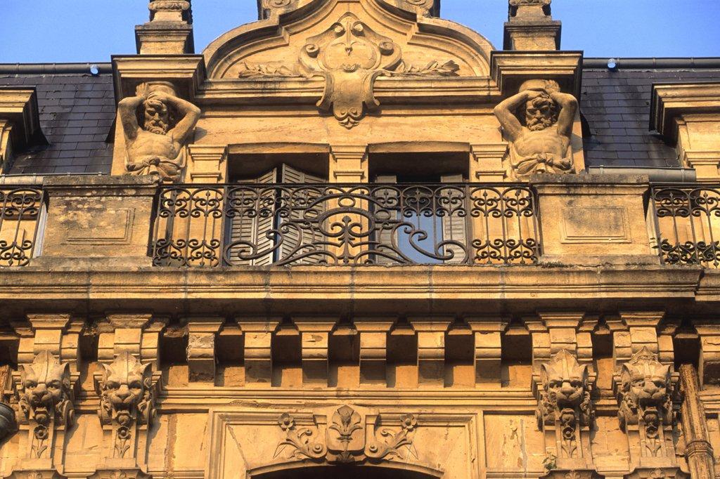 Stock Photo: 1606-119727 France, Champagne Ardenne, Ardennes (08), Sedan, Turenne square