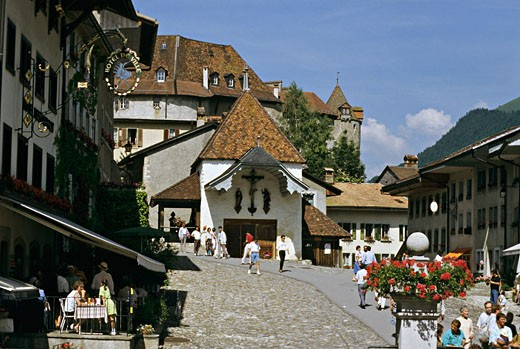 Stock Photo: 1606-12070 Switzerland, Fribourg, Gruyères in summer, passers-by