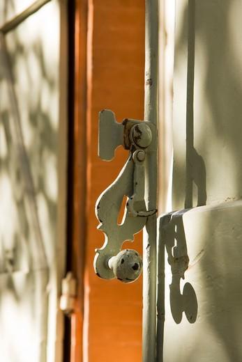 Stock Photo: 1606-121215 France, Midi-Pyr?n?es, Haute-Garonne, Toulouse, espagnolette