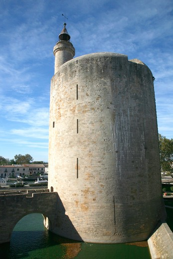 Stock Photo: 1606-122556 France, Languedoc-Roussillon, Gard (30) Camargue, Aigues-Mortes, Constance tower (13th centuri)