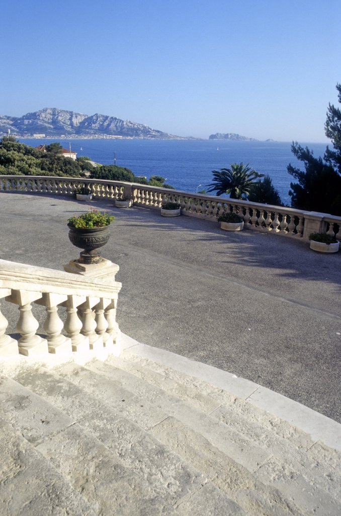 Stock Photo: 1606-125225 France,  Provence Alpes-Cote-d'azur, Bouches du Rhone, Marseille, Corniche Kennedy, Valmer villa