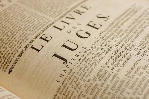 Switzerland, Geneva, 18th century French bible.  Judges Switzerland. : Stock Photo