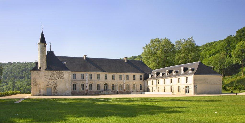 Stock Photo: 1606-128572 France, Normandy, Seine-Maritime, Valasse abbey