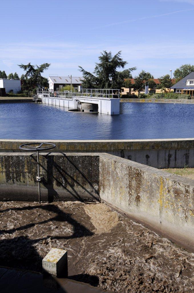 Stock Photo: 1606-128950 France, Pays de la Loire, Loire-Atlantique, Rezé, wastewater treatment plant