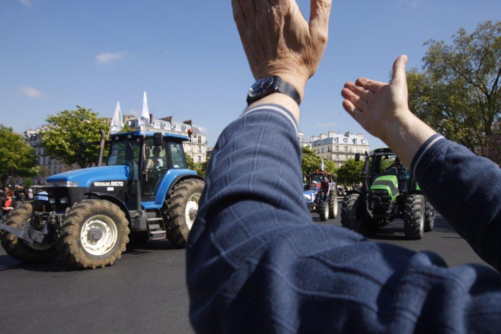 France, Paris. Farmers' demonstration in Paris France. April 2010. : Stock Photo