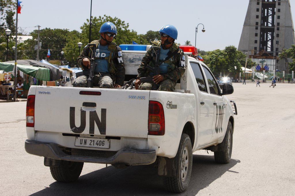 Haiti, Port-au-Prince. Life in  Port au Prince after the 2010 quake. United Nations soldiers. Haiti. June 2010. : Stock Photo