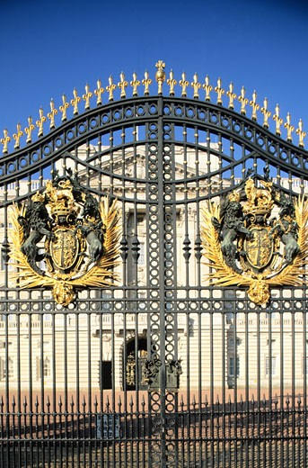 England, London, Buckingham Palace, gate : Stock Photo
