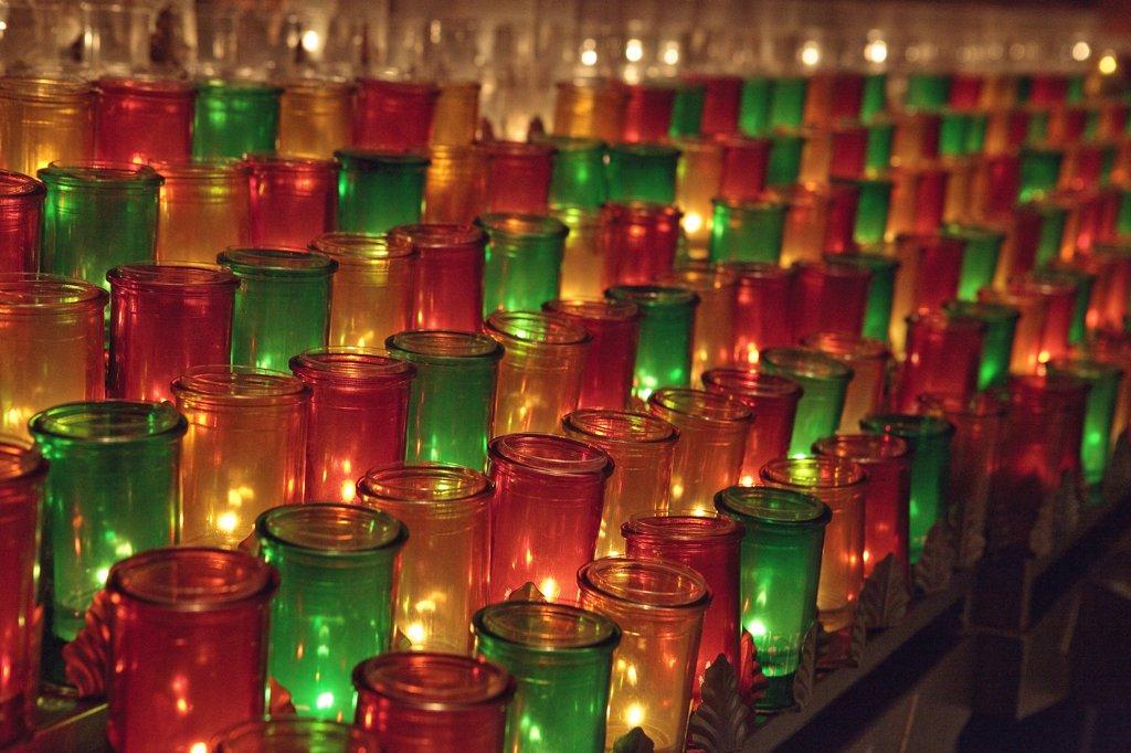 Canada, Québec, Ste Anne de Beaupre basilica, candles : Stock Photo