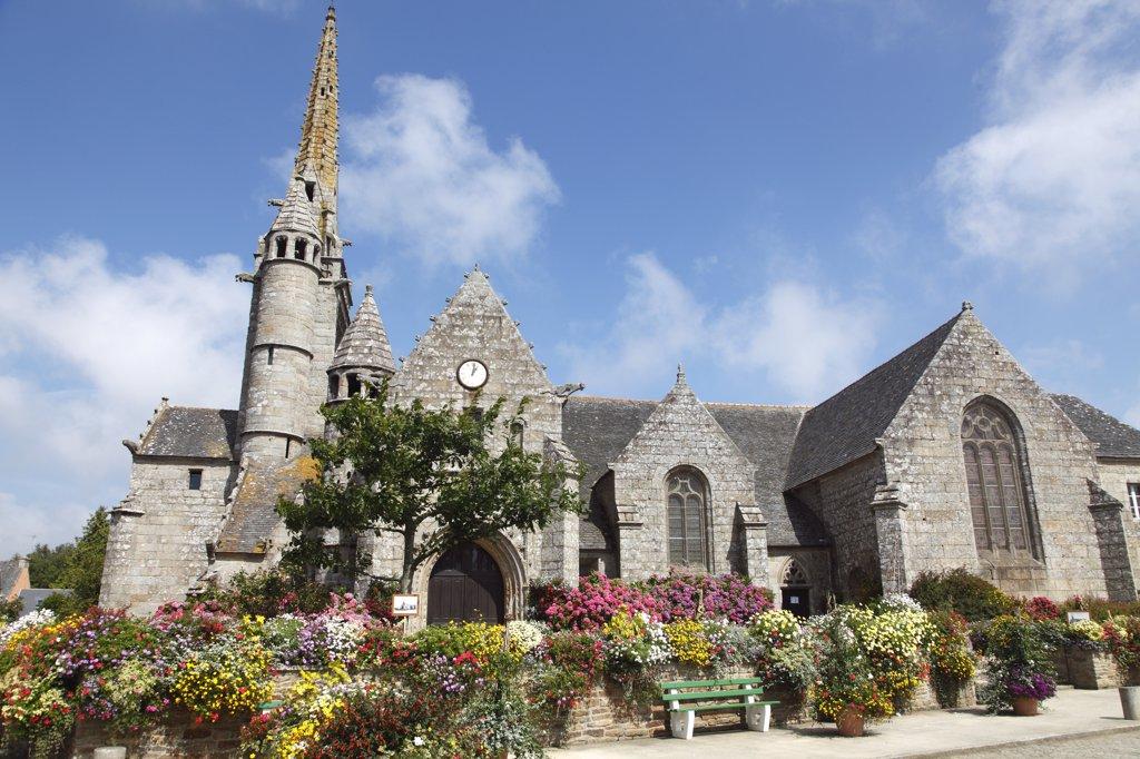 France, Brittany, Cotes d'Armor (22), Ploumilliau, Saint Milliau church : Stock Photo