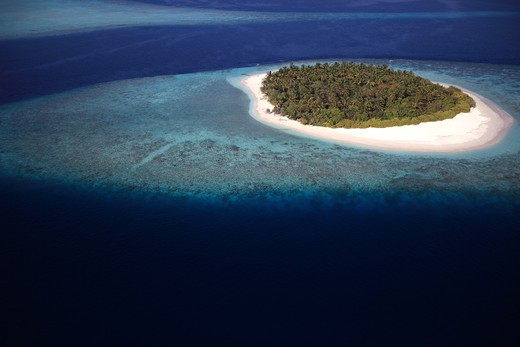 Stock Photo: 1606-135744 Maldives islands, Lhaviyani atoll, seaplane arrival on a private island of the Kanuhura luxury hotel (aerial view)
